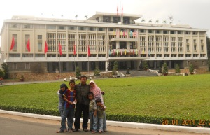 Heru Susetyo Family at Ho Chi Minh City Jan 2011